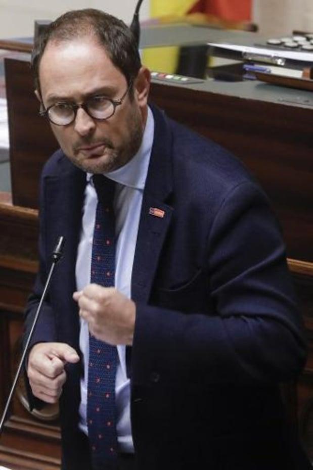Federaal regeerakkoord - Vincent Van Quickenborne ruilt Kortrijk opnieuw in voor Brussel