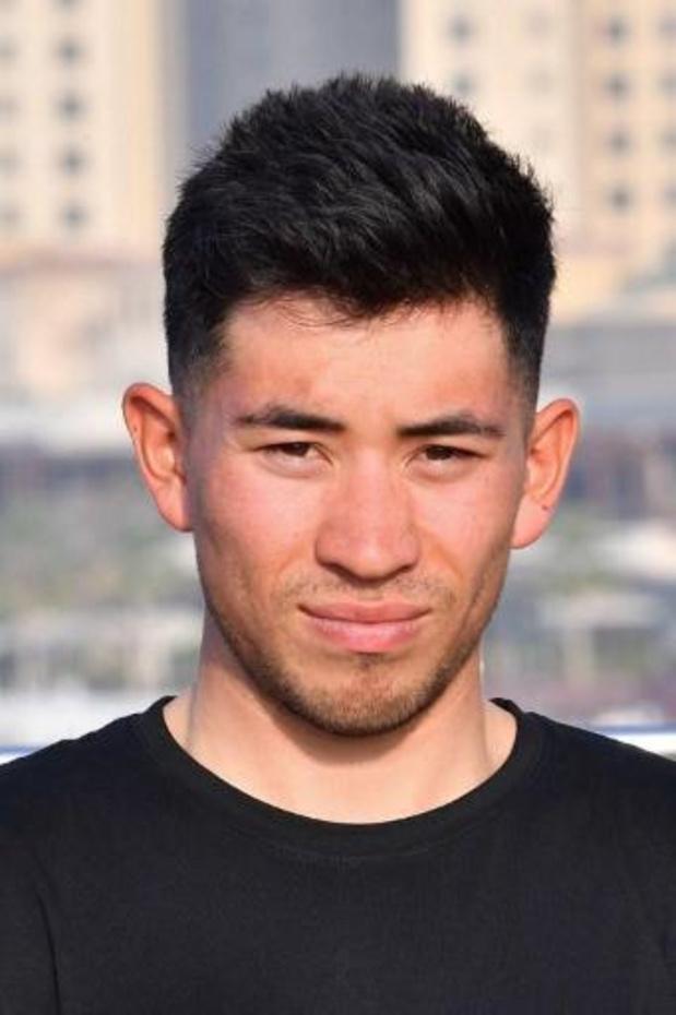Caleb Ewan (Lotto Soudal) volgt zichzelf op Hatta Dam op