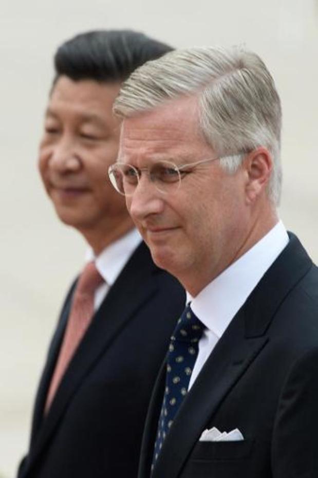 Koning Filip en Chinese president bespreken beschikbaarheid medisch materiaal