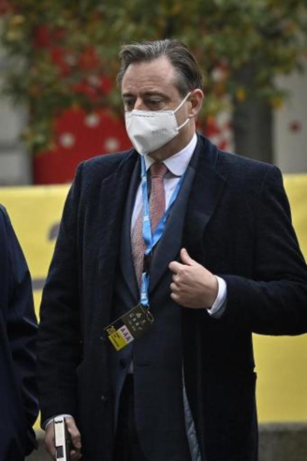 """De Wever vindt sluiting van restaurants """"moeilijk te vatten en moeilijk te begrijpen"""""""