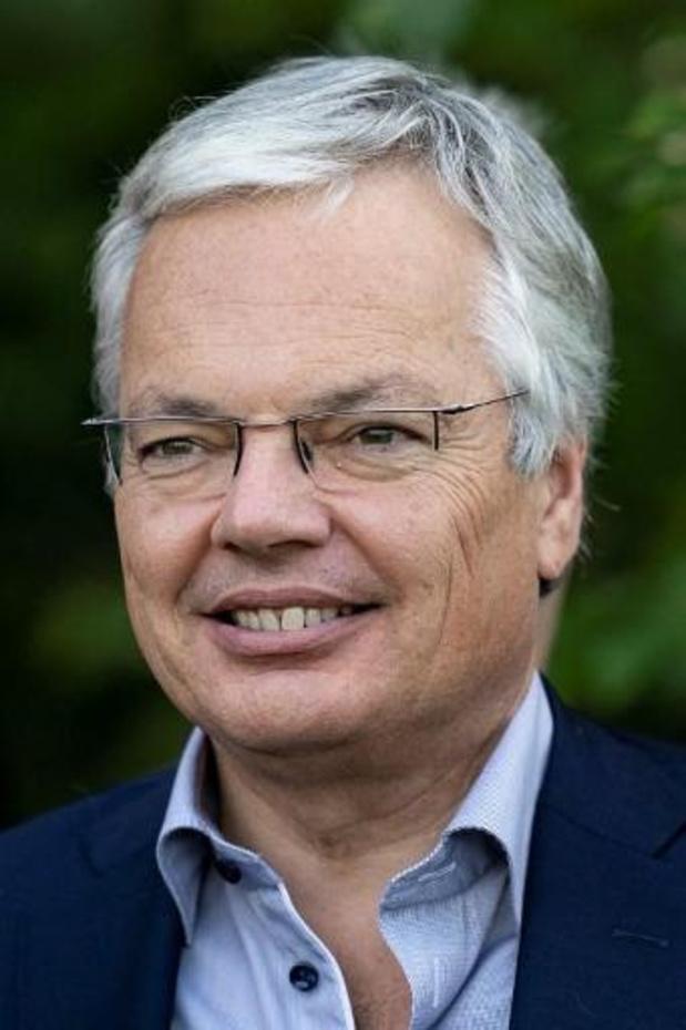 Ex-geheim agent die Reynders beschuldigt treedt uit de schaduw