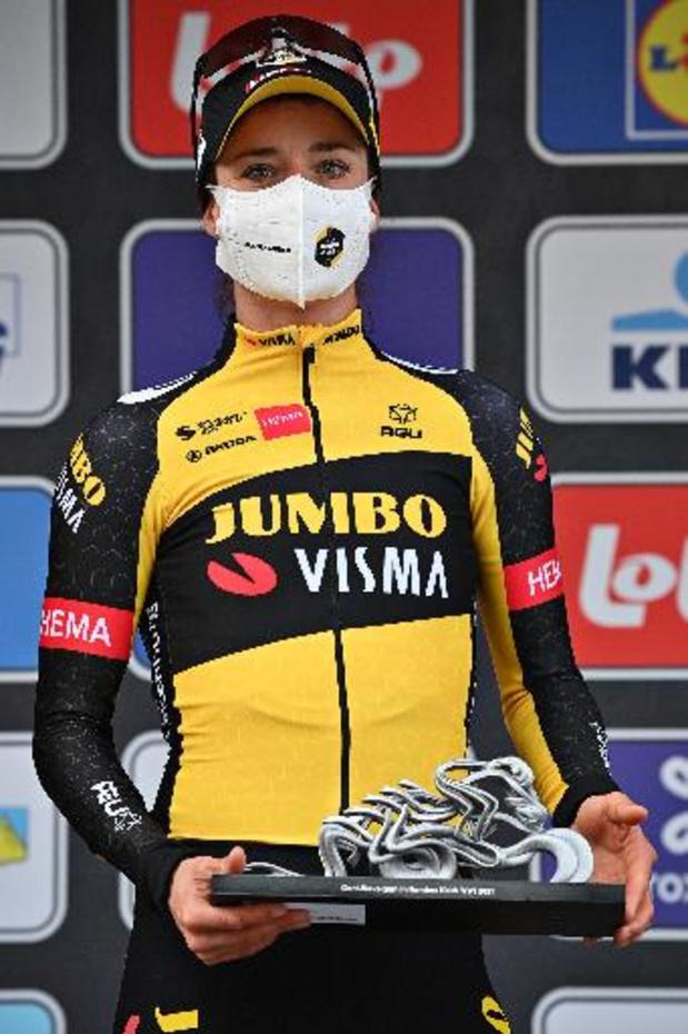 Marianne Vos juicht te vroeg, maar wint toch Amstel Gold Race