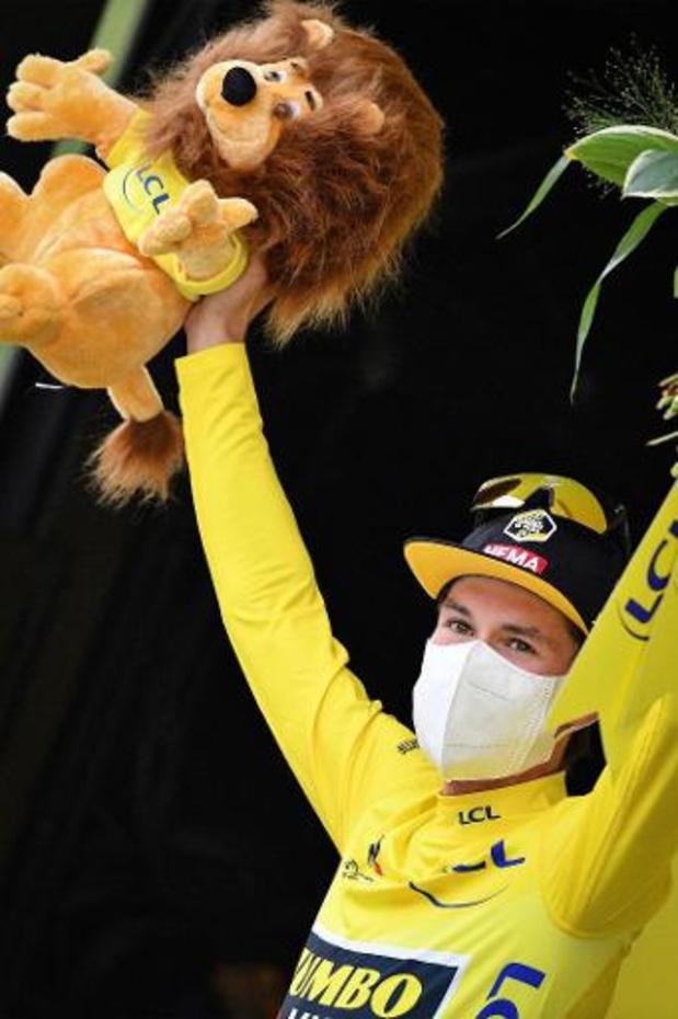 """Tour de France - Primoz Roglic pakt het geel: """"Enorm trots"""""""
