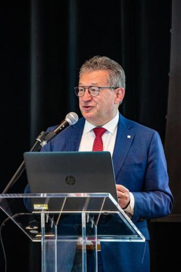 Verdachte steekpartij op Brugse burgemeester weigert verklaring af te leggen