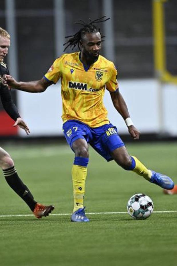 Jupiler Pro League - Sint-Truiden wint 3-1 tegen tot tien herleid Oud-Heverlee Leuven