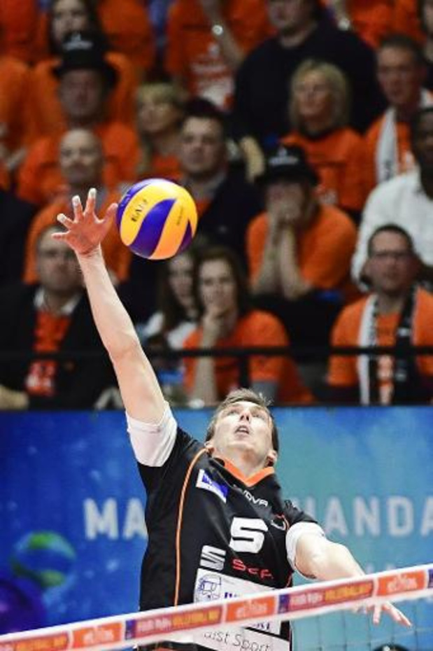 Ligue des Champions de volley - Alost débute par une défaite 2-3 face à Fenerbahçe