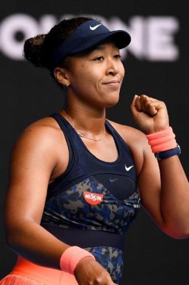 Naomi Osaka en Serena Williams stoten eenvoudig door naar tweede ronde