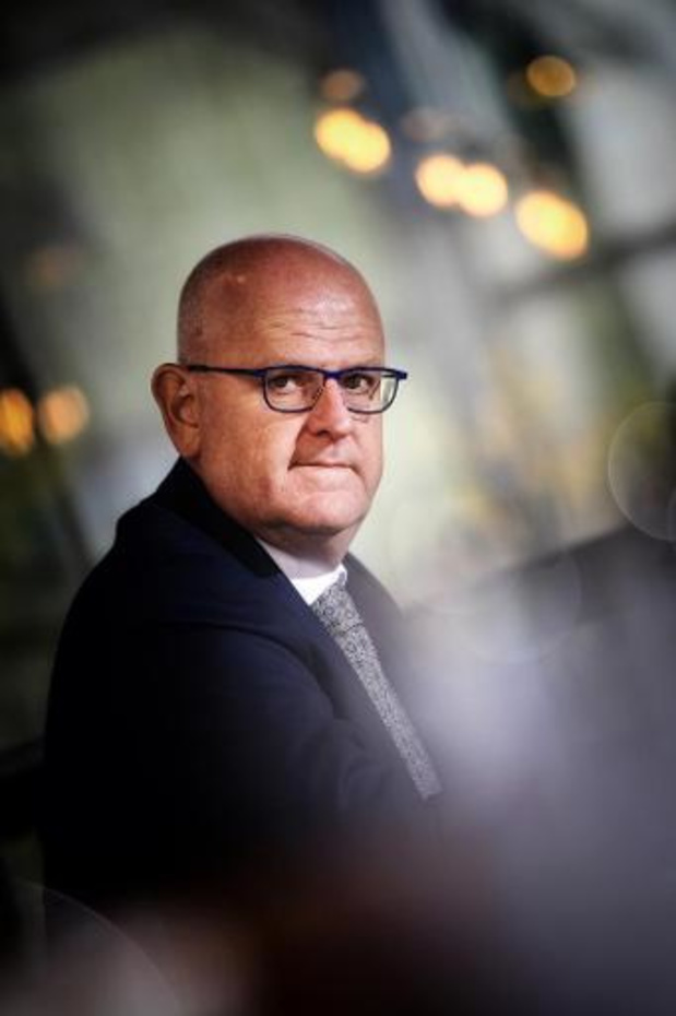 Limburgse gouverneur trekt aan de noodrem