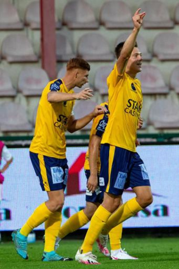 Jupiler Pro League - Waasland-Beveren leader après la 1re journée et son succès à Courtrai 1-3