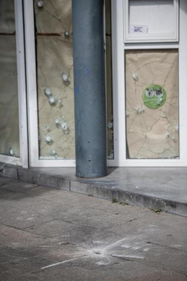 Politie houdt zoekactie na vondst van granaat in Deurne