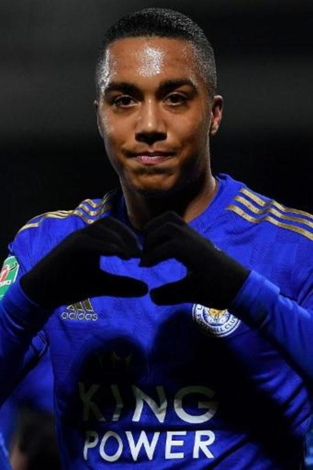 Belgen in het buitenland - Tielemans is beslissend voor Leicester in League Cup, Raman maakt er twee in Duitse beker
