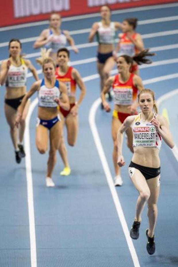 """Championnats d'Europe d'athlétisme en salle - Elise Vanderelst en or sur 1.500m: """"Je peux à peine le croire"""""""