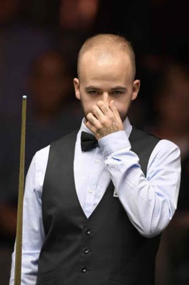 UK Championship snooker - Brecel laat 2-5 voorsprong uit handen glippen, ook titelverdediger Ding uitgeschakeld