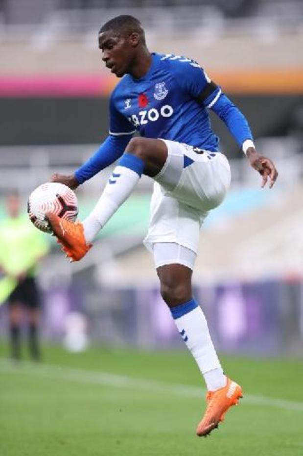 Le défenseur français Niels Nkounkou rejoint le Standard en prêt