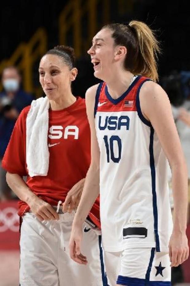 JO 2020: Les basketteuses américaines surclassent les championnes d'Europe serbes en demi-finales