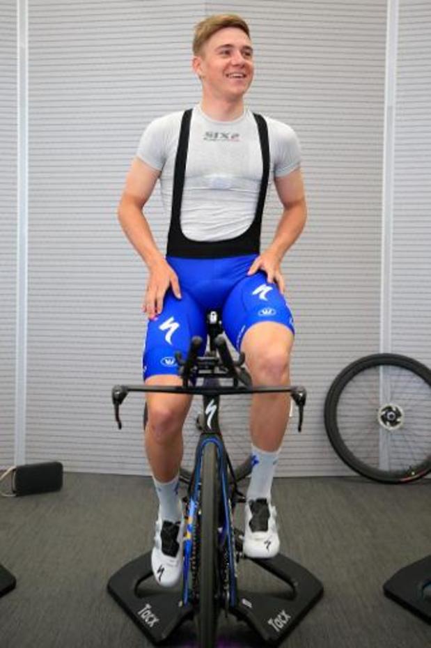 Les cyclistes professionnels restent motivés malgré les annulations en cascade