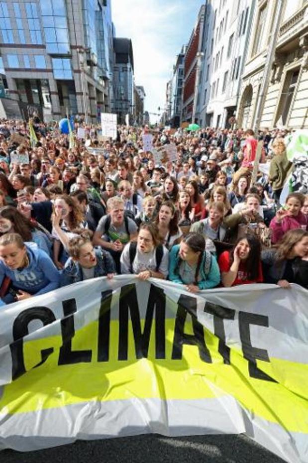 15.000 betogers leiden in Brussel nieuwe golf van klimaatprotesten in