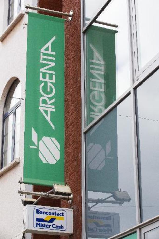 Nieuw op 1 september - Argenta zegt klanten die niet in Sepa-zone wonen op