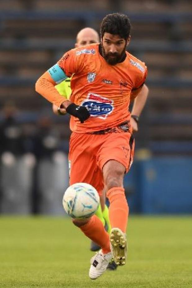 """""""Loco"""" Sebastian Abreu (44) beëindigt zijn carrière na 26 seizoenen bij 31 clubs"""