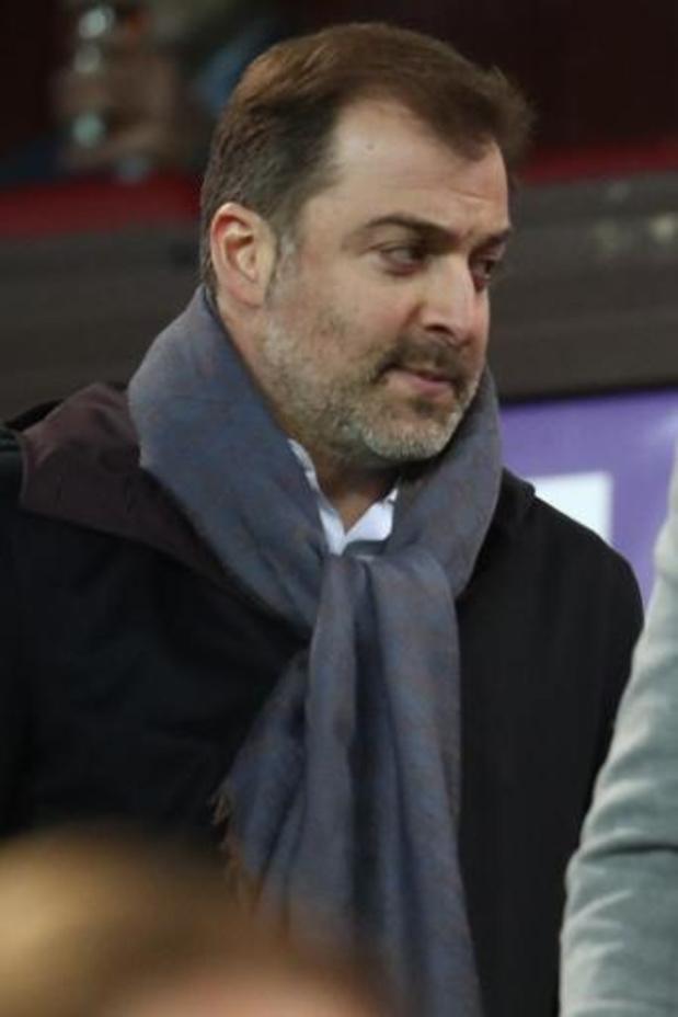 """Coronavirus - Mogi Bayat heeft al steun van 50-tal voetballers voor zijn hulpactie """"Souliers du coeur"""""""