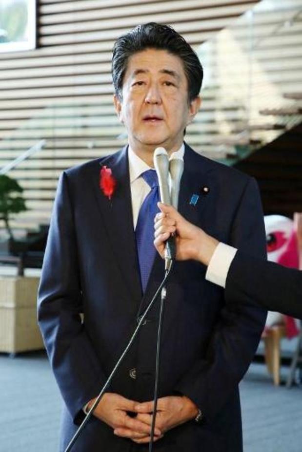 Le Japon proteste contre le tir nord-coréen de missile qui a pénétré dans ses eaux