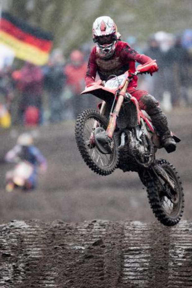 Gajser wint de eerste reeks in Letland, Van Horebeek beste Belg op tiende plaats