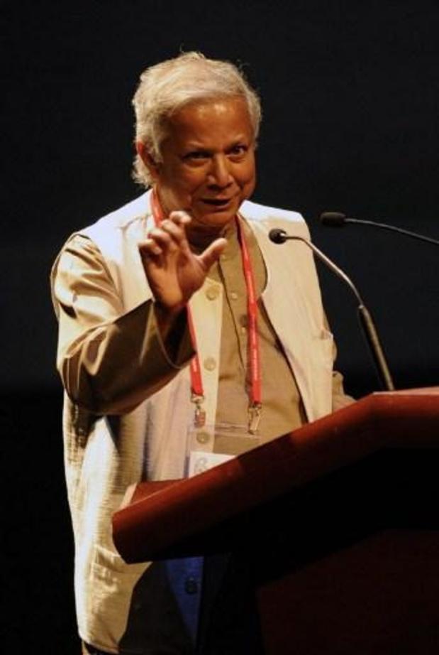 Le prix Nobel de la paix, Muhammad Yunus, récompensé des Lauriers olympiques
