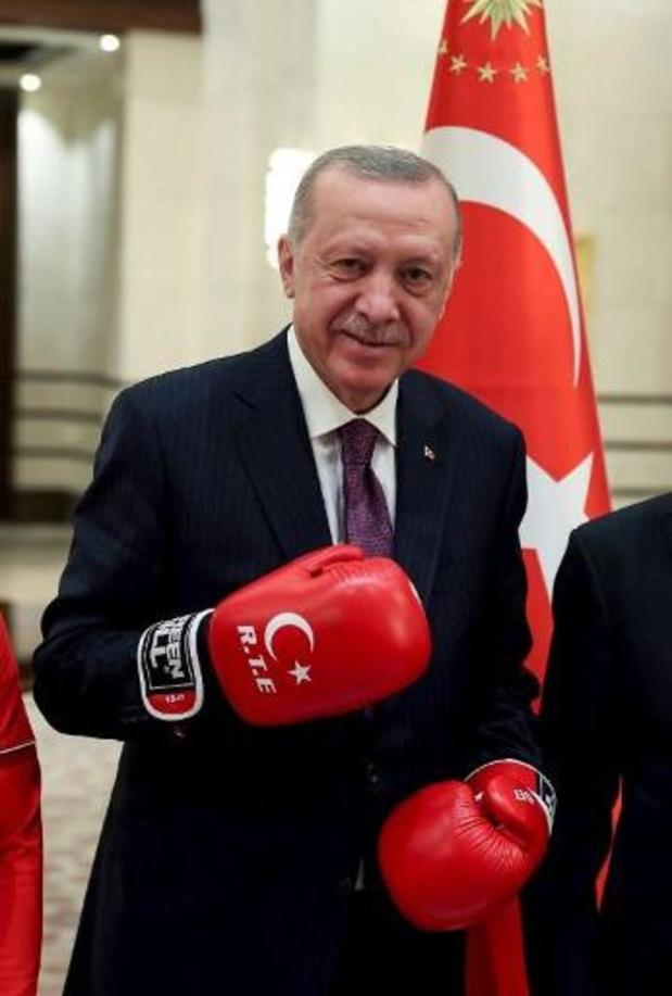 La Turquie annonce de premières discussions avec les talibans à Kaboul
