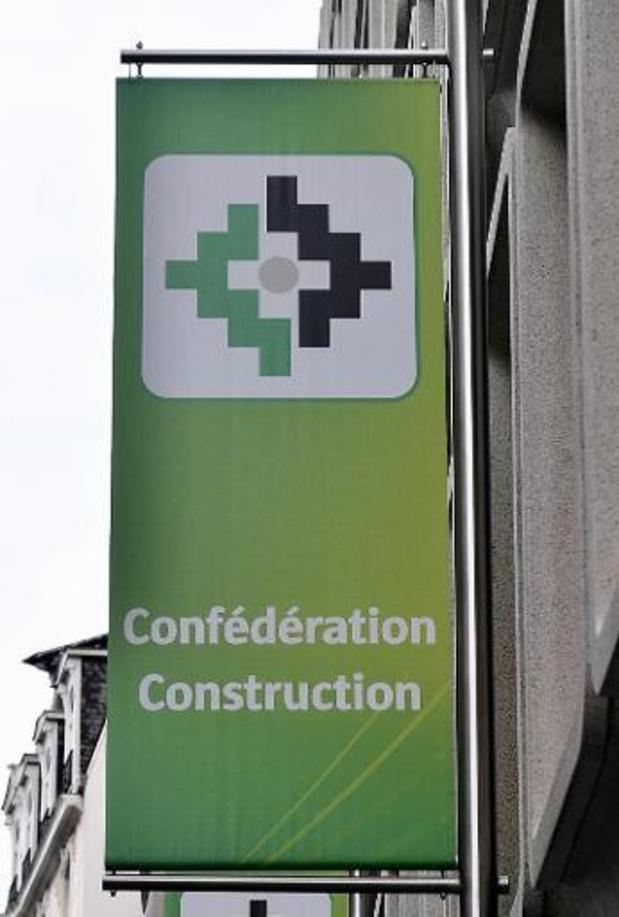 """Augmentation """"encourageante"""" des femmes dans la construction mais encore insuffisante"""