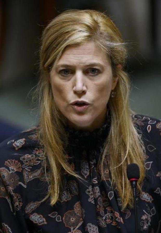 Oppositie legt Verlinden vuur aan de schenen over ontbreken pandemiewet