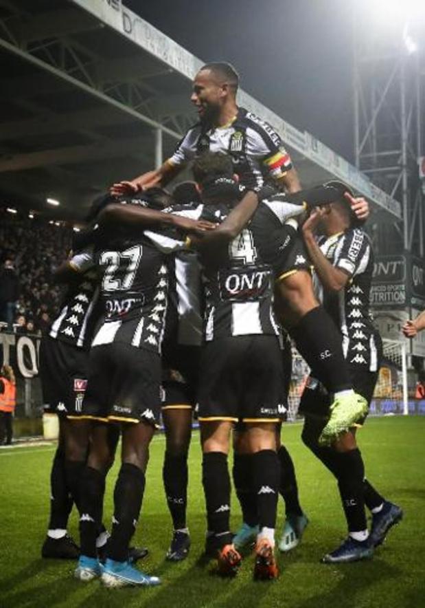 Charleroi bezorgt Oostende-trainer Ingebrigtsen afscheid in mineur met 5-0 afstraffing