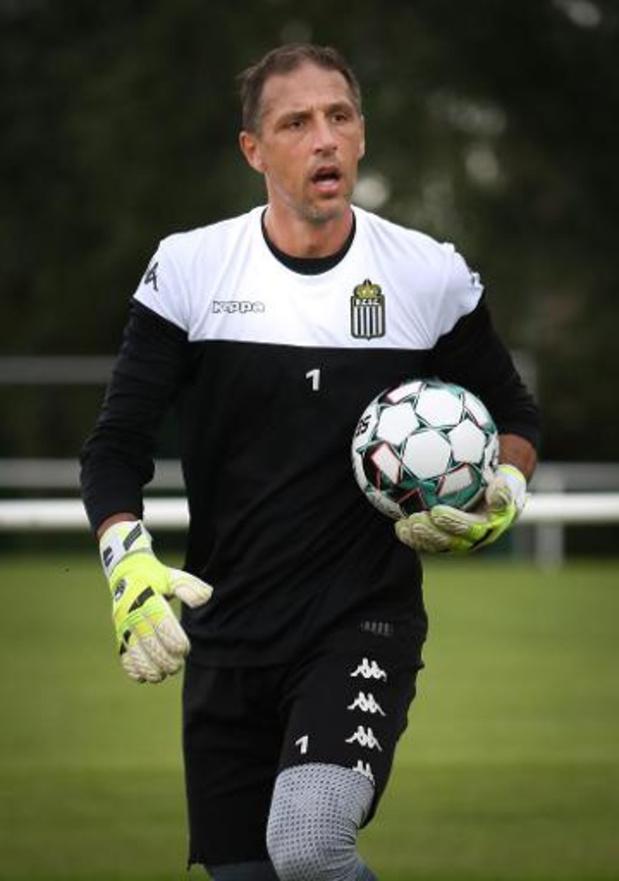 Nicolas Penneteau blijft een extra jaar bij Sporting Charleroi