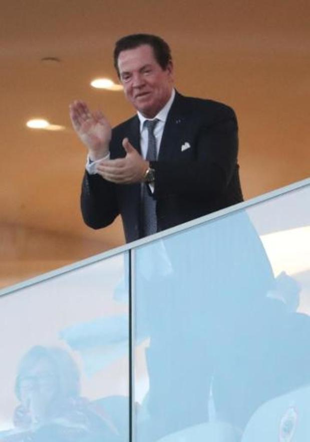 Coronavirus - Antwerp-voorzitter Gheysens wil dat er wel nog gevoetbald wordt en haalt uit naar top drie