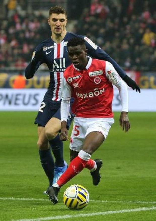 Belgen in het buitenland - PSG en Meunier plaatsen zich ten koste van het Reims van Foket voor finale Ligabeker
