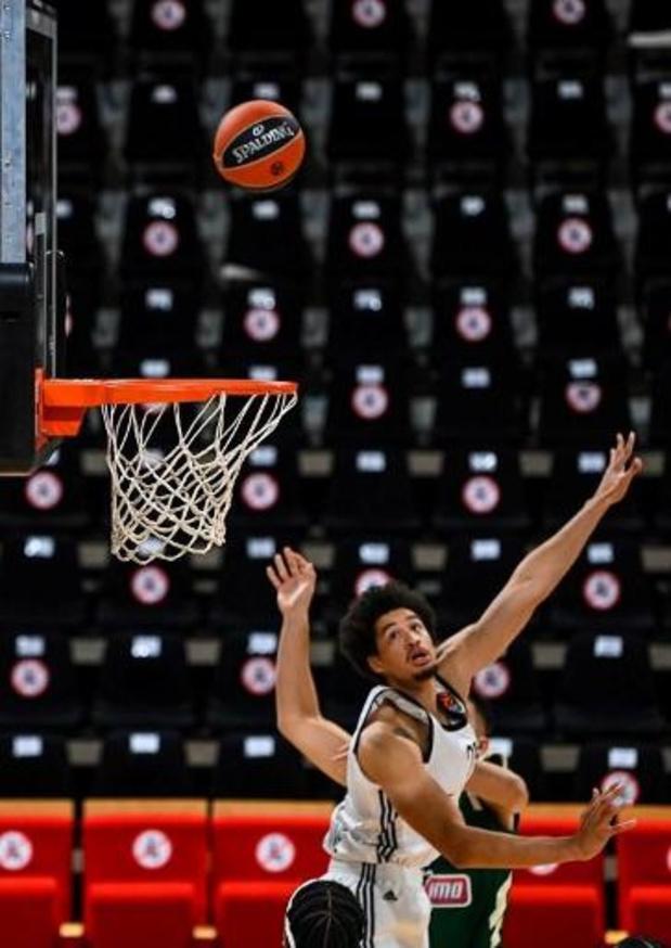 Euroleague basket (m) - Ismaël Bako ziet ASVEL van op de bank de zege pakken