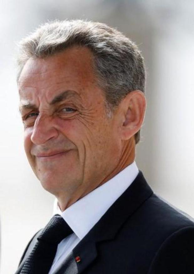 """Affaire des """"écoutes"""" en France: report à fin novembre du procès de l'ex-président Sarkozy"""