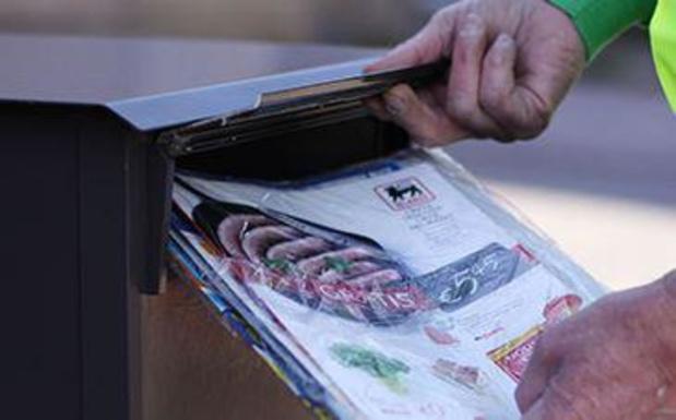 Reglementering van folie om folderpakketten