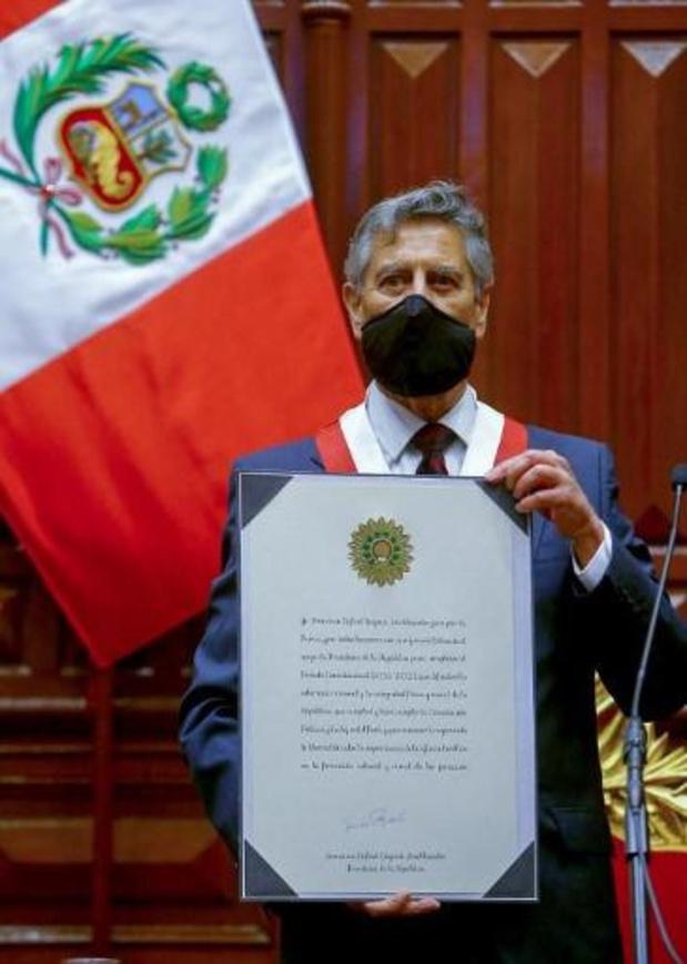 Nieuwe Peruaanse interim-president heeft eed afgelegd