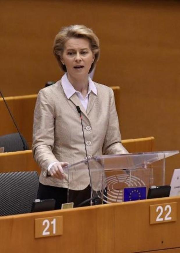 Ursula von der Leyen présente les excuses de l'Europe à l'Italie, qui les accepte