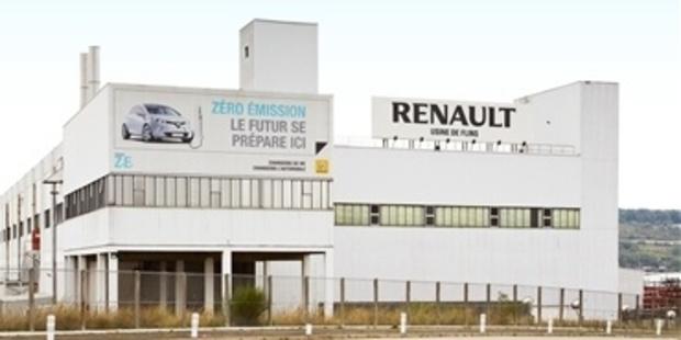 Renault produceert eigen mondmaskers in Flins