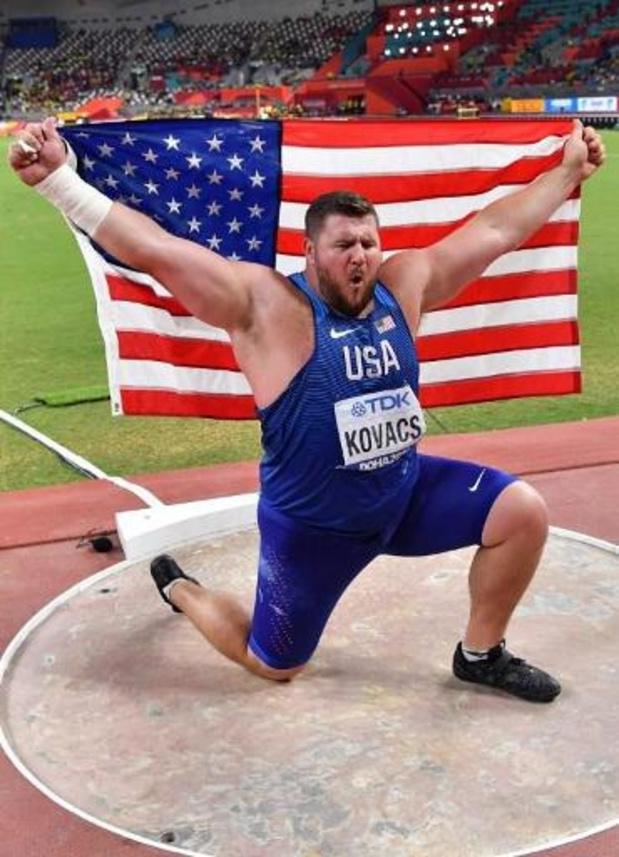 WK atletiek - Kogelstoter Joe Kovacs verovert tweede wereldtitel