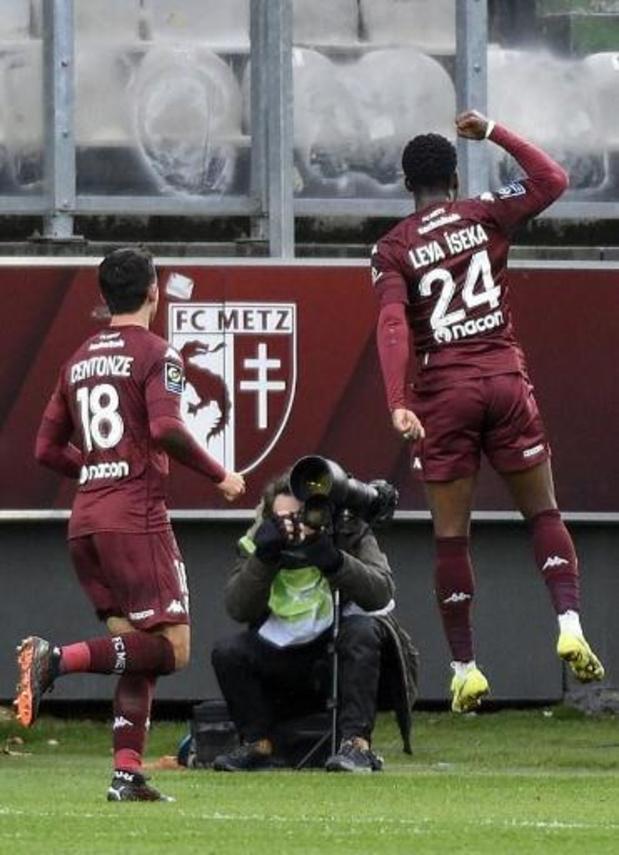 Aaron Leya Iseka encore buteur avec Metz, Mertens et Naples battus à Vérone