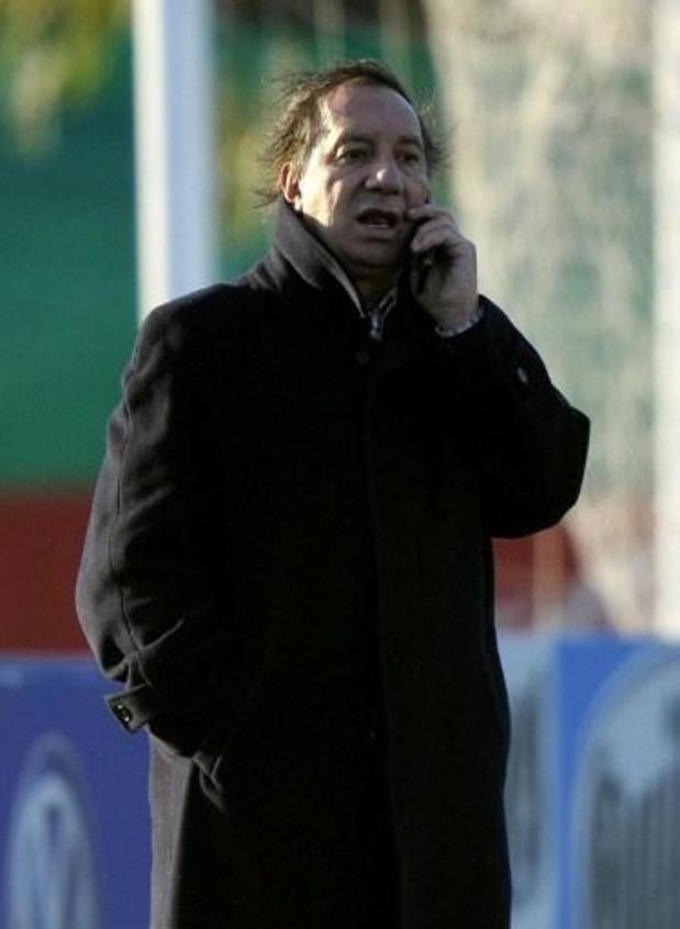 L'ex-sélectionneur argentin Bilardo diagnostiqué positif au Covid-19 par erreur