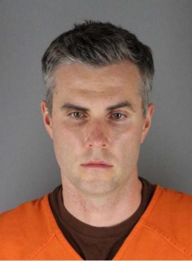 Un des agents impliqués dans la mort de George Floyd libéré sous caution