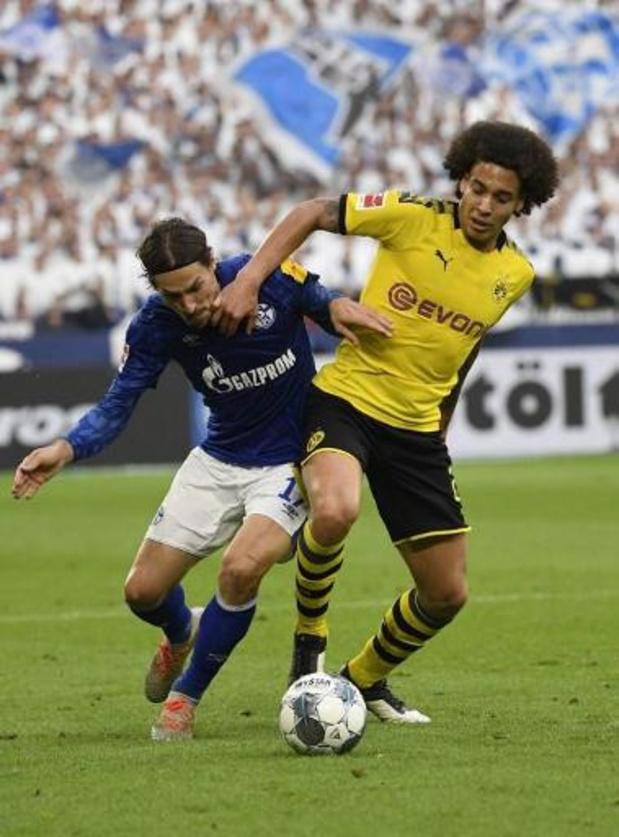 Hazard en Witsel geraken met Dortmund niet voorbij Schalke 04 en moeten leiding afstaan