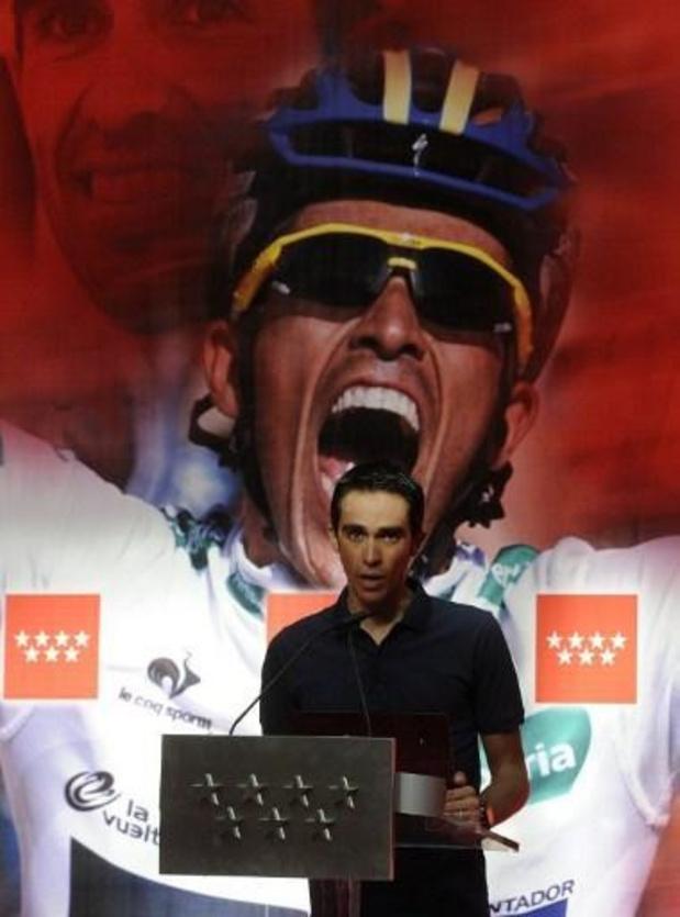 Alberto Contador met son vélo du Tour de France et du Giro 2011 aux enchères