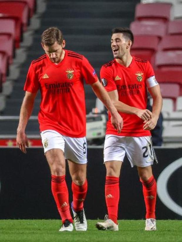 Les Belges à l'étranger - Vertonghen marque et qualifie Benfica, Mertens aussi buteur