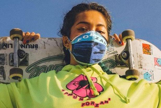 Ontwerpster Yamuna Forzani ziet mondmasker als fashion statement
