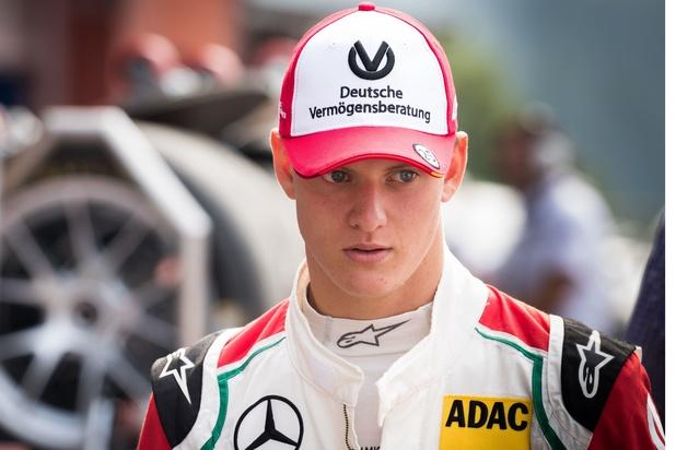 Mick Schumacher au volant de la Ferrari à Bahreïn