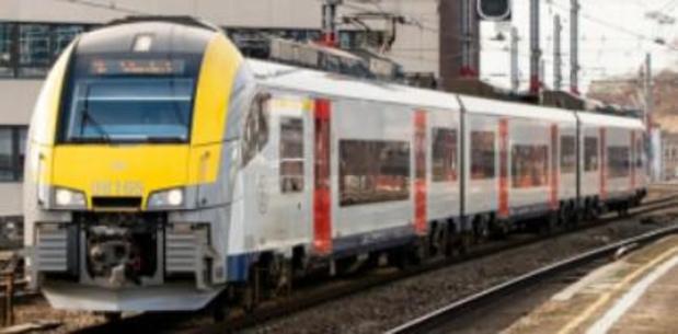 Slag aan treinreiziger in Oostkamp levert achttien maanden cel op